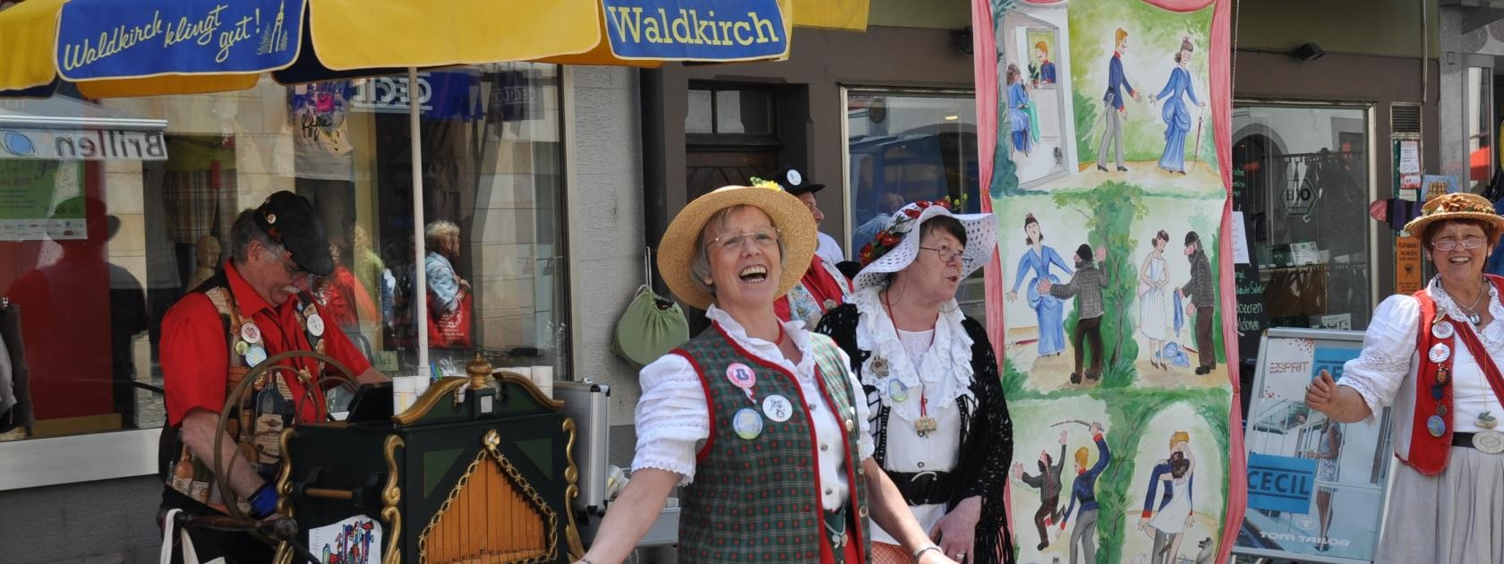 Waldkirch spielinseln kleinorgeln for Designhotel waldkirch